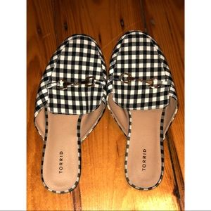 Black and white plaid mules! 11 wide